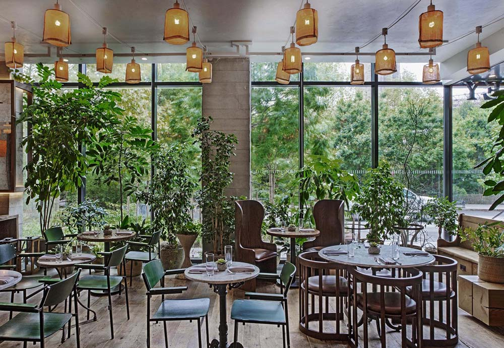 1 Brooklyn Bridge Hotel is one of our design hotels because of its midcentury style restaurant