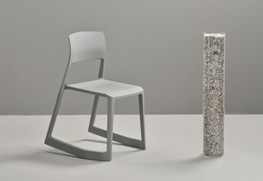 The Tip Ton RE chair is a clear example of sustainable interior design